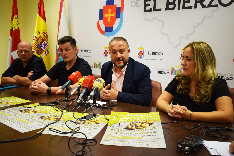 Gerardo Álvarez Courel presenta la Ruta por la Calidad de la Manzana Reineta y de la Pera Conferencia