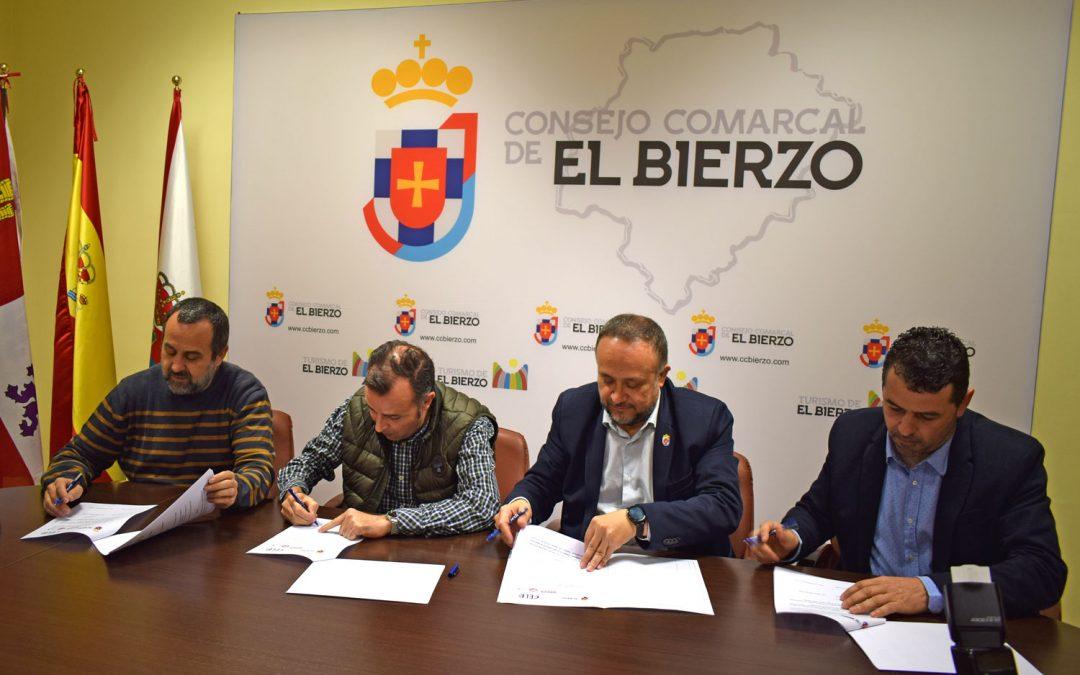 Firma de constitución del Diálogo Social de la Coamarca de El Bierzo