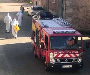 Desinfección realizada por la Agrupación Comarcal de Protección Civil